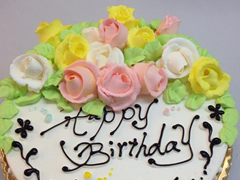 お花畑のデコレーションケーキ