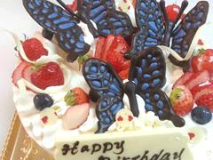 蝶々のデコレーションケーキ