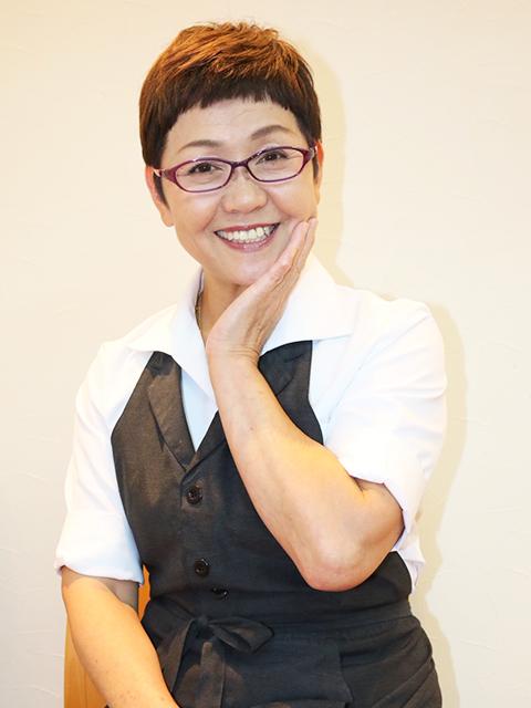 須川 昭子